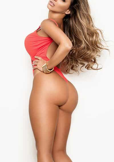 Joy is a slim, beautiful Spanish Escort in Chelsea, London
