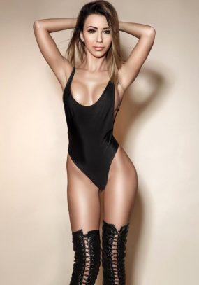 Amanda Knightsbridge Escort