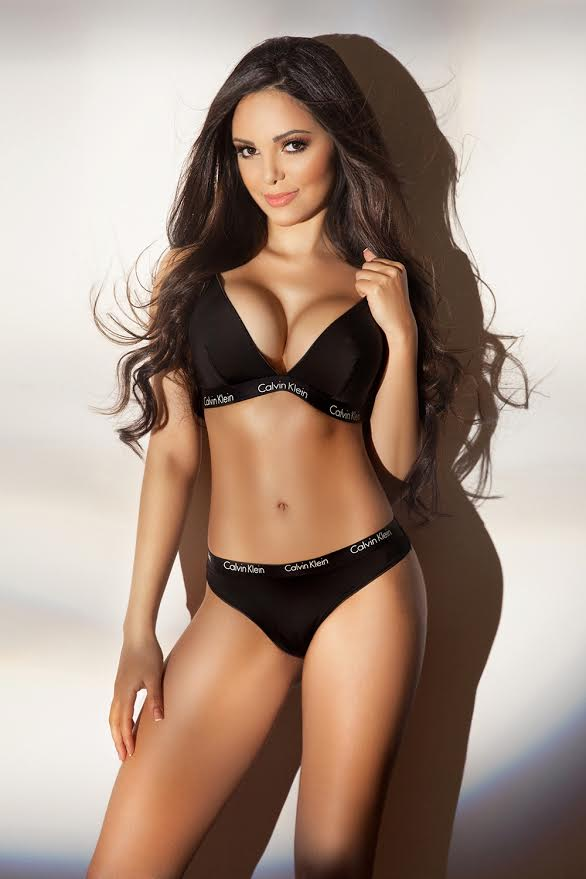 Luxurious Latin American Angelina is a High Class London Escort in Mayfair