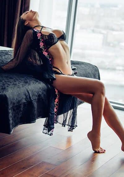 Katerina is a Tall Busty Russian Escort in Mayfair, London