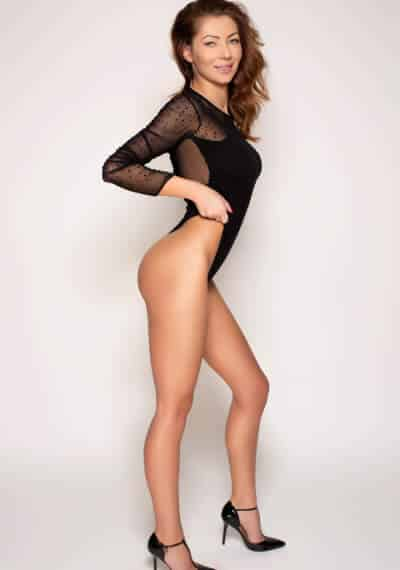 Meet Angie a European hottie for a luxurious London escort experience!