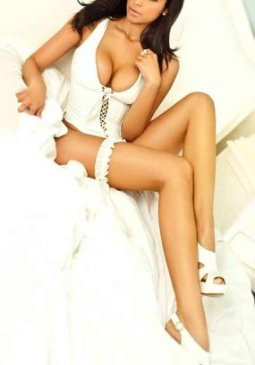 Adriana a Brazilian PlayBoy Beauty in Central London