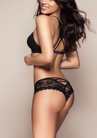 Carol is a stunning Brazilian/Italian London Escort based in Chelsea