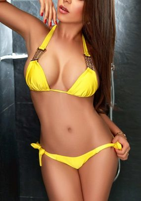 Brazilian Beauty Gabriela is a fantastic Earls Court Escort