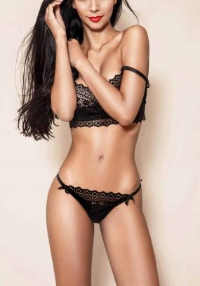 Tall, Slim Brazilian Model Escort Tessalya