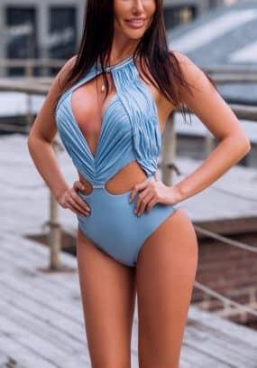 Carmen Chelsea 2018 6