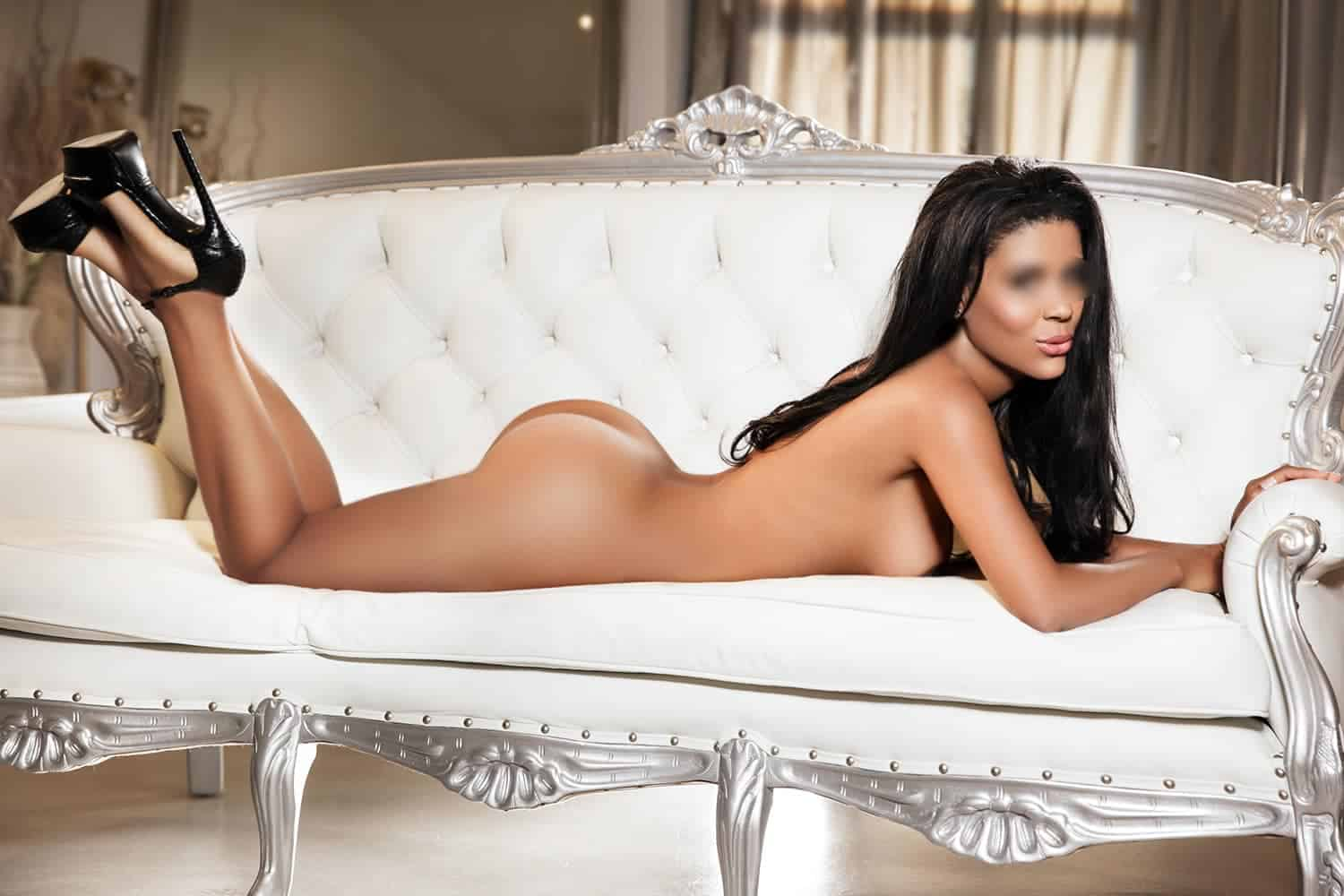 Brazilian beauty Janet, Mayfair Escort
