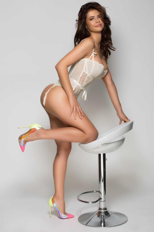 Nicole Chelsea 15
