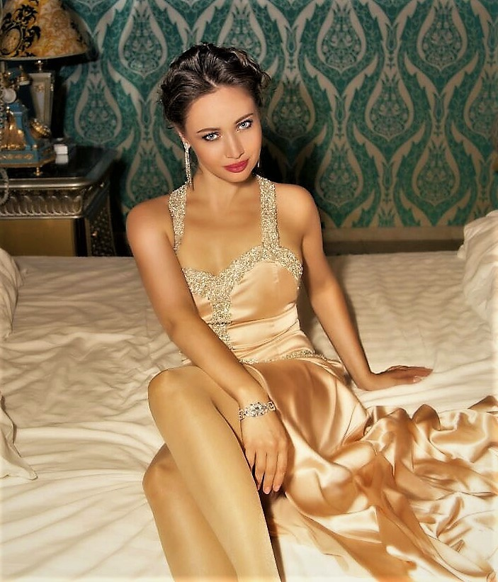 Valeria Kensington 2