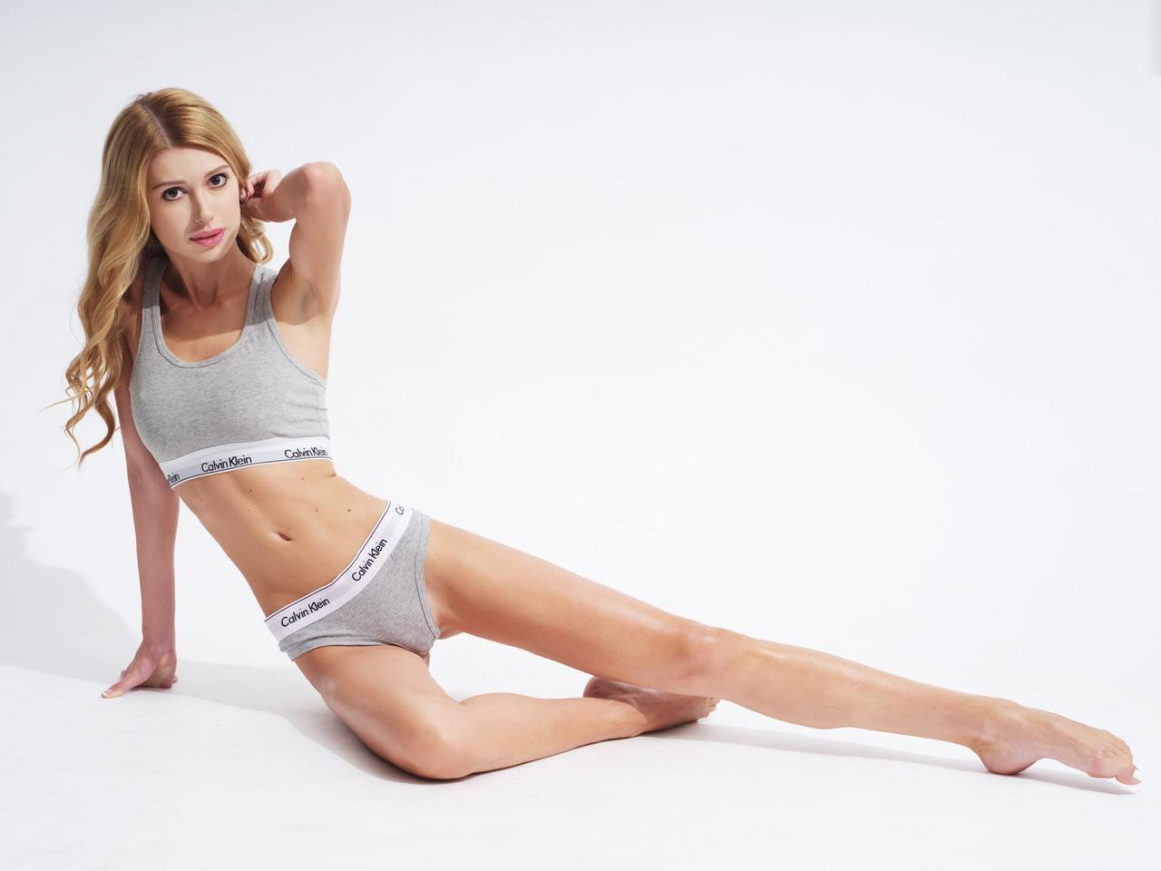 Nicole Knightsbridge 3