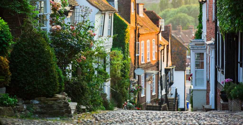 Best Autumn Day Trips from London