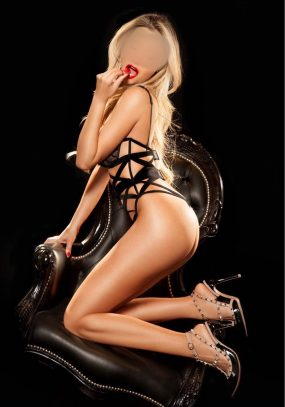 Malu South Kensington Escort