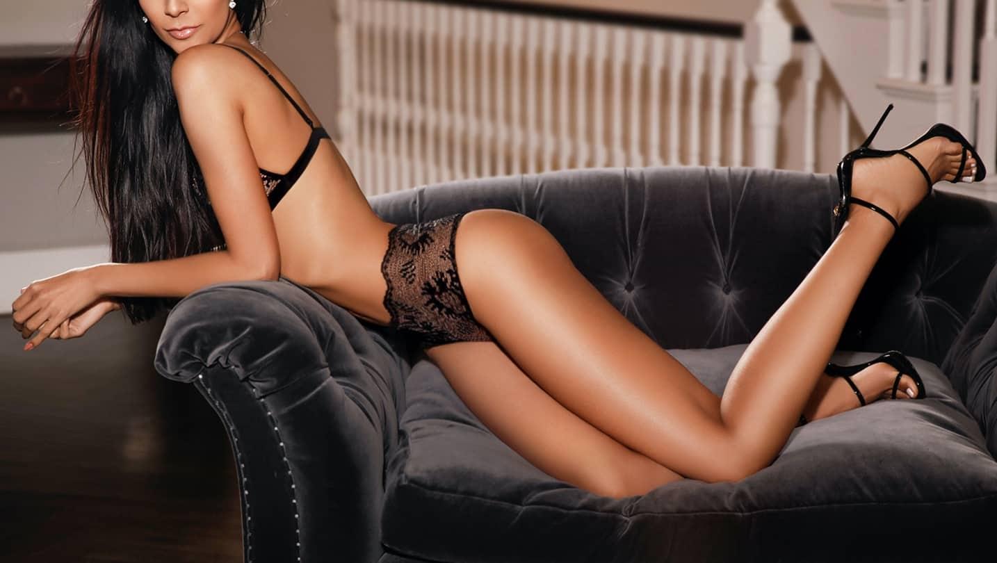 Tessalya Mayfair Escort
