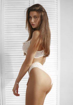 Alexa Knightsbridge Escort